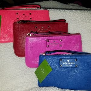 KATE SPADE WRISTLET 8- NWT - TAGS NOT ATTCHD - Red
